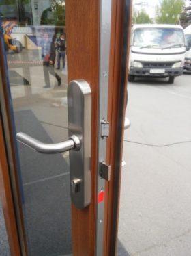 Замки siegenia деревянная входная дверь okna-fresh.ru
