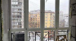 Деревянные окна на лоджии okna-fresh.ru